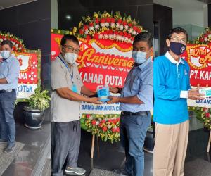 Sumbangan Alat Pelindung Diri dalam Rangka HUT PT. Kahar Duta Sarana yang ke 42 Tahun kepada RT Setempat